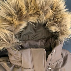 New! THE NORTH FACE shimmer taupe goose down S